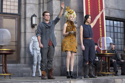 Josh Hutcherson, Elizabeth Banks and Jennifer Lawrence are Back in the Top Grossing Action Film of 2013, The Hunger Games: Catching Fire