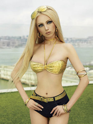 Valeria Lukyanova in all her glory.