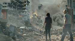 Dwayne Johnson amidst the devastation in the top action movie of 2015 San Andreas